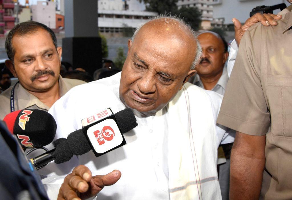 Bengaluru: JD-S chief HD Deve Gowda talks to media regarding following political developments in Karnataka in Bengaluru on July 7, 2019. (Photo: IANS)