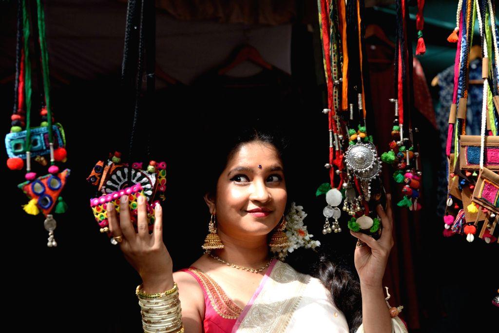 Bengaluru, June 16 (IANS) Kannada actress Shubha Poonja on Tuesday revealed she is all set to marry her beau Sumanth Billava in December 2020.(File Photo: IANS) - Shubha Poonja