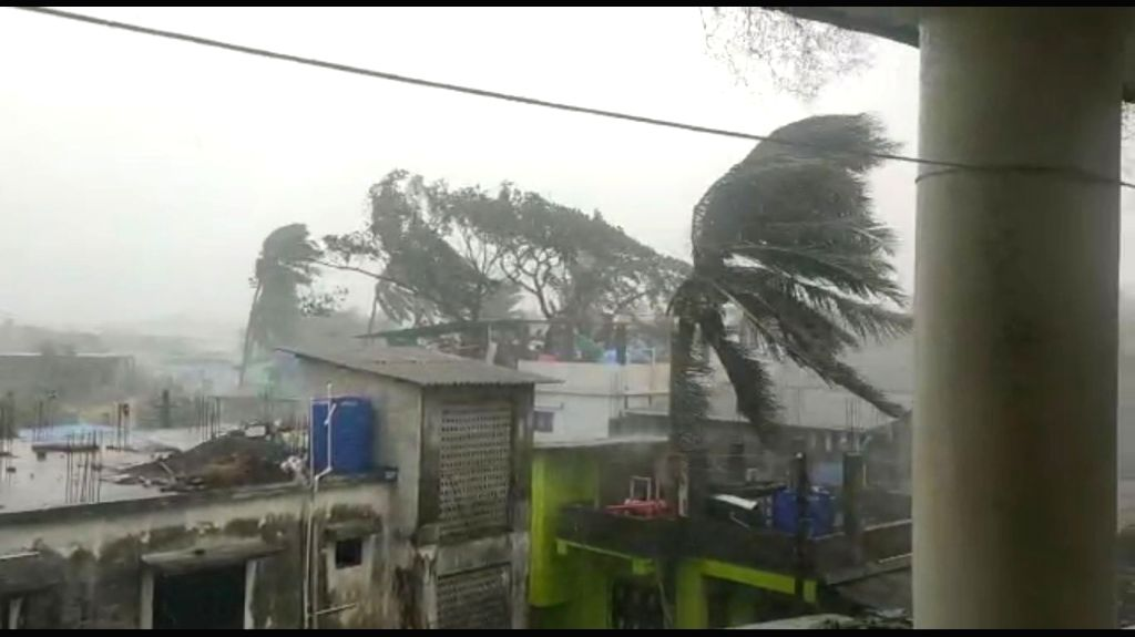 Bengaluru, June 3 (IANS) Cyclone Nisarga did not land in Karnataka and has passed its border with heavy rains and strong winds, said an official on Wednesday.