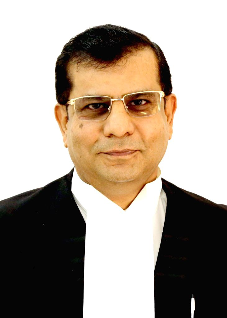 Karnataka High Court Judge Justice Raghavendra Singh Chauhan during his swearing ceremony in Bengaluru on March 10, 2015. (File Photo: IANS) - Raghavendra Singh Chauhan