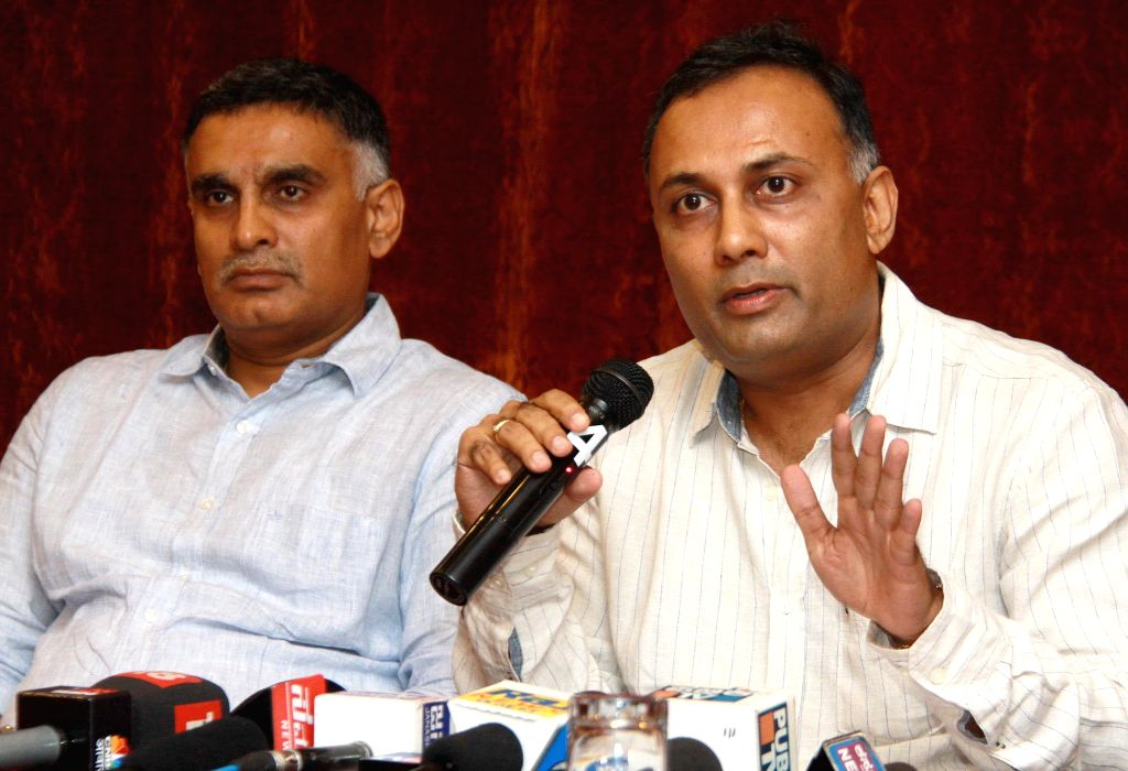 Karnataka Minister for Food and Civil Supplies Dinesh Gundu Rao addresses during a press conference in Bengaluru on Nov. 15, 2014. (Photo : IANS)