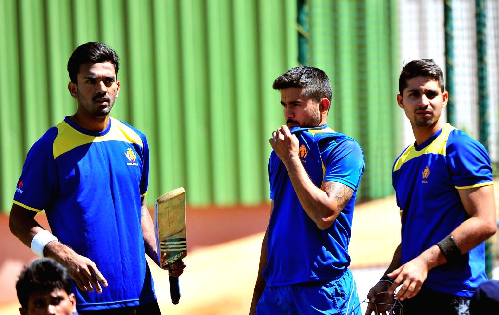 Karnataka Ranji team players K L Rahul, Manish Pandey and Kunal Kapoor during a practice session at Chinnaswamy Stadium ahead of Ranji Trophy 2015 semifinals scheduled to be held on 25th ... - K L Rahul, Manish Pandey and Kunal Kapoor