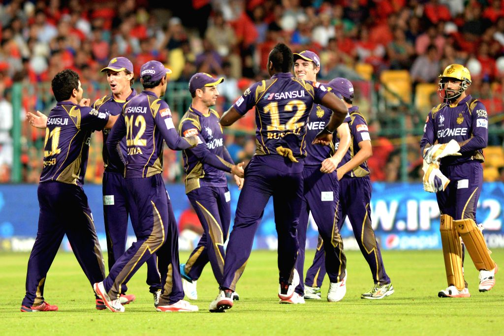 Kolkata Knight Riders bowler Piyush Chawla celebrate fall of RCB player AB de Villiers`s wicket during an IPL-2015 match between Royal Challengers Bangalore and Kolkata Knight Riders at M ... - Piyush Chawla