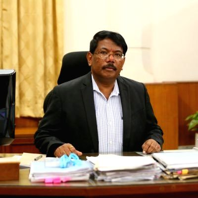 Bengaluru Municipal Commissioner N. Manjunatha Prasad on Friday warned that if people don't exercise caution and fail to contain the rise of Covid-19 cases, then the Karnataka government has no option but re-enforce a lockdown in the city once again.