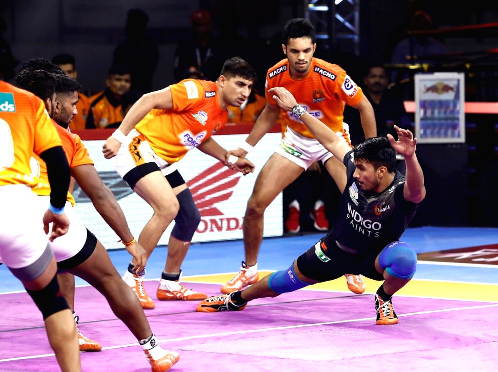 Bengaluru: Players in action during Pro Kabaddi Season 7 match between Puneri Paltan and U Mumba at Kanteerava Stadium in Bengaluru on Sep 5, 2019. (Photo: IANS)