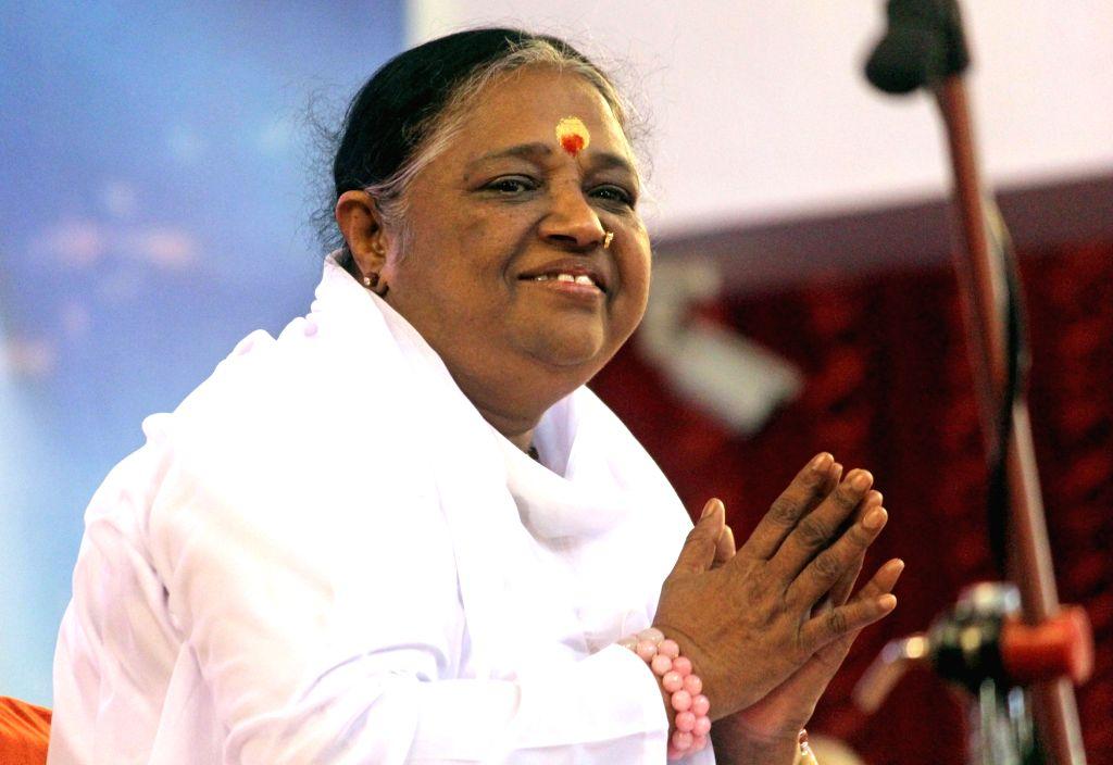 Bengaluru: Spiritual leader Mata Amritanandamayi  (Photo: IANS)