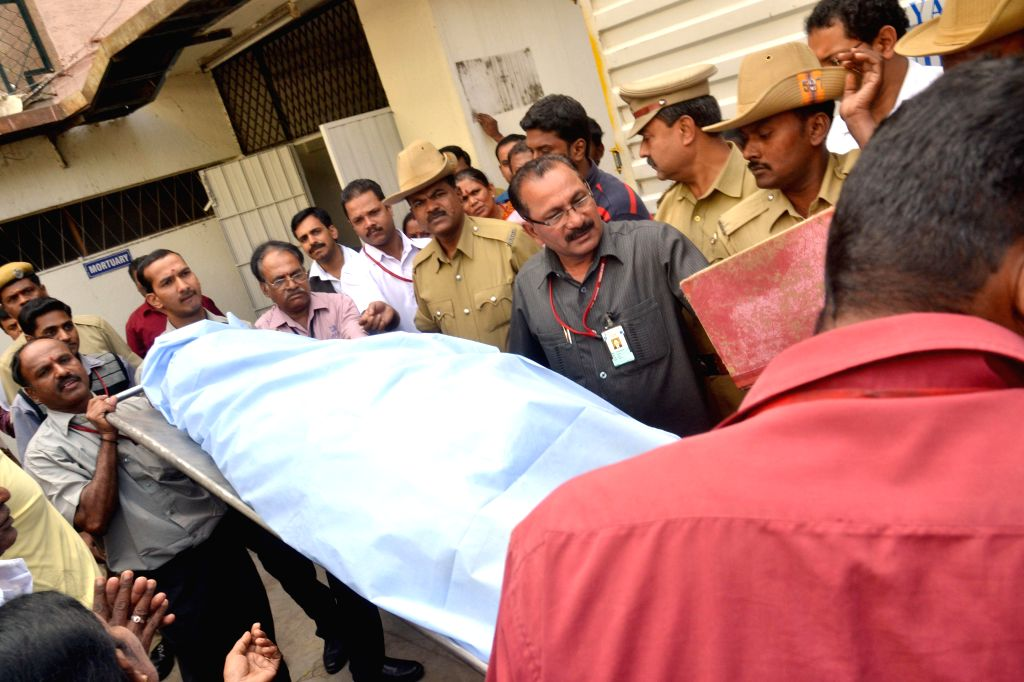 The body of Bhavani, who was killed in 28th Dec Church Street blast being taken away for post-mortem in Bengaluru, on Dec 29, 2014.
