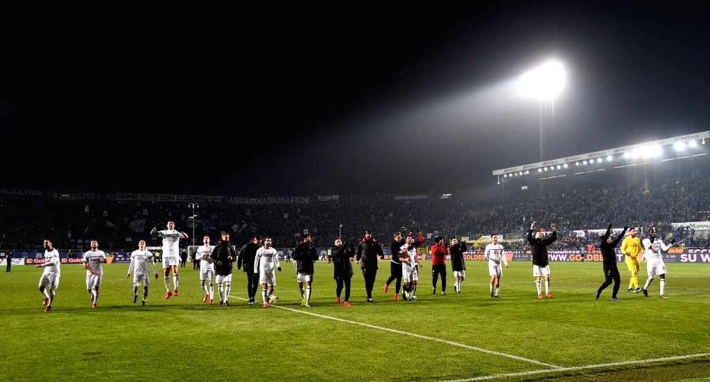 BERGAMO, Feb. 17, 2019 - AC Milan's players greet fans after a Serie A soccer match between Atalanta and AC Milan in Bergamo, Italy, Feb. 16, 2019. AC Milan won 3-1.