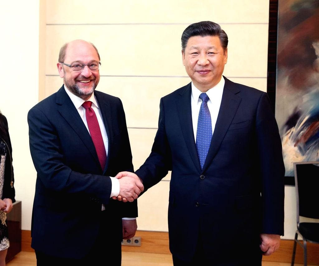 BERLIN, July 6, 2017 - Chinese President Xi Jinping (R) meets with Martin Schulz, chairman of the Social Democratic Party (SPD) of Germany, in Berlin, Germany, July 6, 2017.