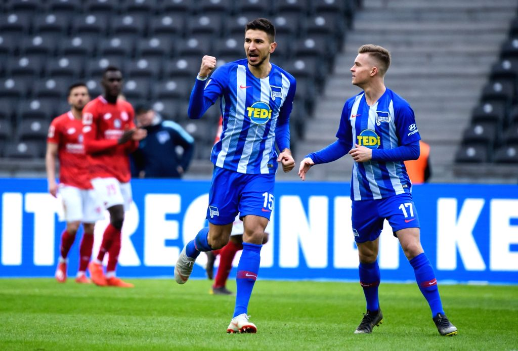 BERLIN, March 3, 2019 - Hertha's Marko Grujic (2nd R) celebrates his scoring during a German Bundesliga match between Hertha BSC and 1.FSV Mainz 05, in Berlin, capital of Germany, on March 2, 2019. ...