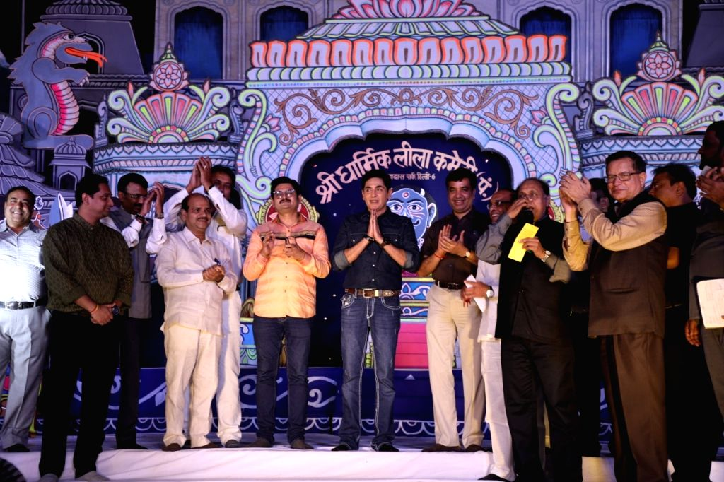 """""""Bhabiji Ghar Par Hain!"""" fame actors Aasif Sheikh and Rohitash Gour came to Delhi a few days ago to see Ramleela in the city.  They visited Ramleela of Shri Dharmik Ramlila Committe on October 5. - Aasif Sheikh and Rohitash Gour"""