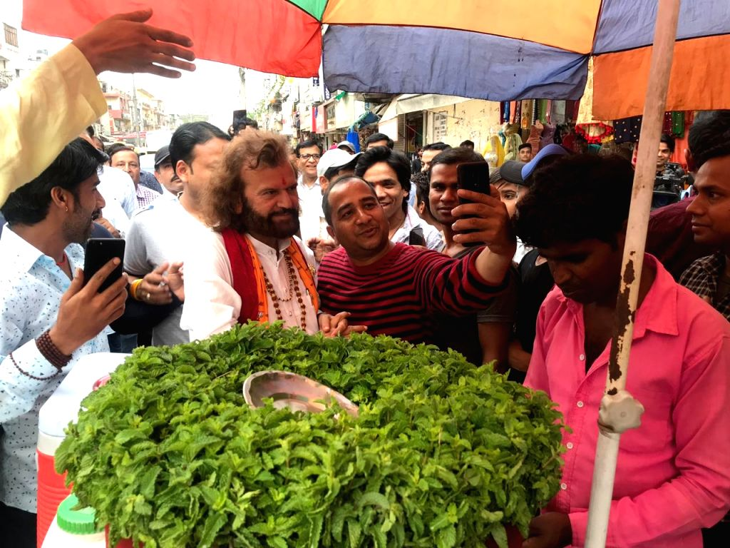 Bharatiya Janata Party's candidate for North West Delhi Lok Sabha seat Hans Raj Hans during election campaign in New Delhi on April 30, 2019.