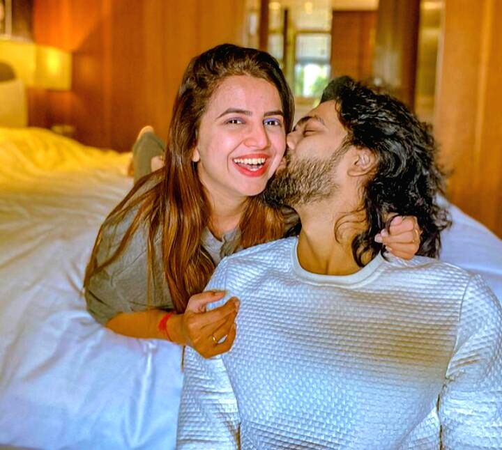 Bhavini Purohit, Dhaval Dave plan to wed this year-end.