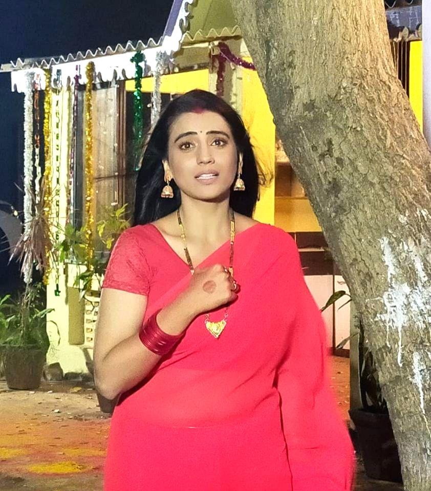 Bhojpuri actress Akshara Singh's song goes viral on social media. - Akshara Singh