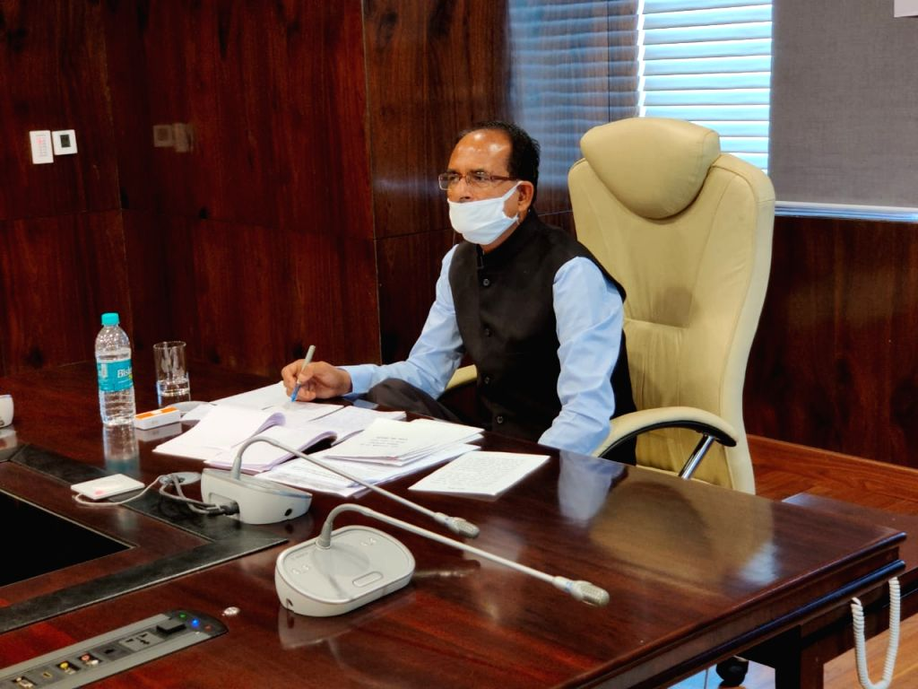 Bhopal, April 15 (IANS) With the coronavirus pandemic assuming frightening proportions in Madhya Pradesh, the 23-day-old Bharatiya Janata Party (BJP) government has handed the micro-monitoring to 10 IAS officers who will report to the Chief Secretary