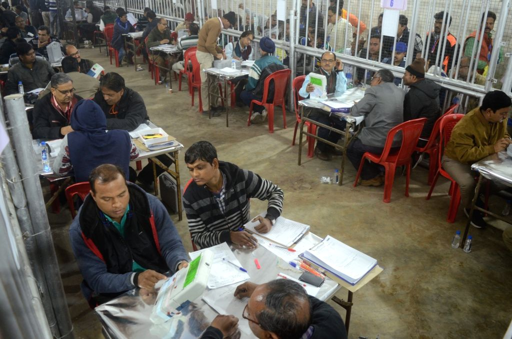 :Bhopal: Counting in progress at vote counting centers for Madhya Pradesh assembly election in Bhopal on Dec. 11, 2018. (Photo: IANS).