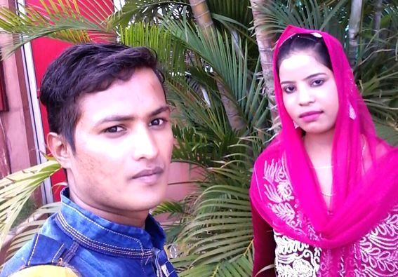 Bhubaneswar: The woman (in pink) who has lodged a complaint with the police accusing her husband Abusufyan Khan of divorcing her on phone from Hyderabad after one year of marriage in the Pattamundai area of the Kendrapara district of Odisha, on Aug 1 - Abusufyan Khan