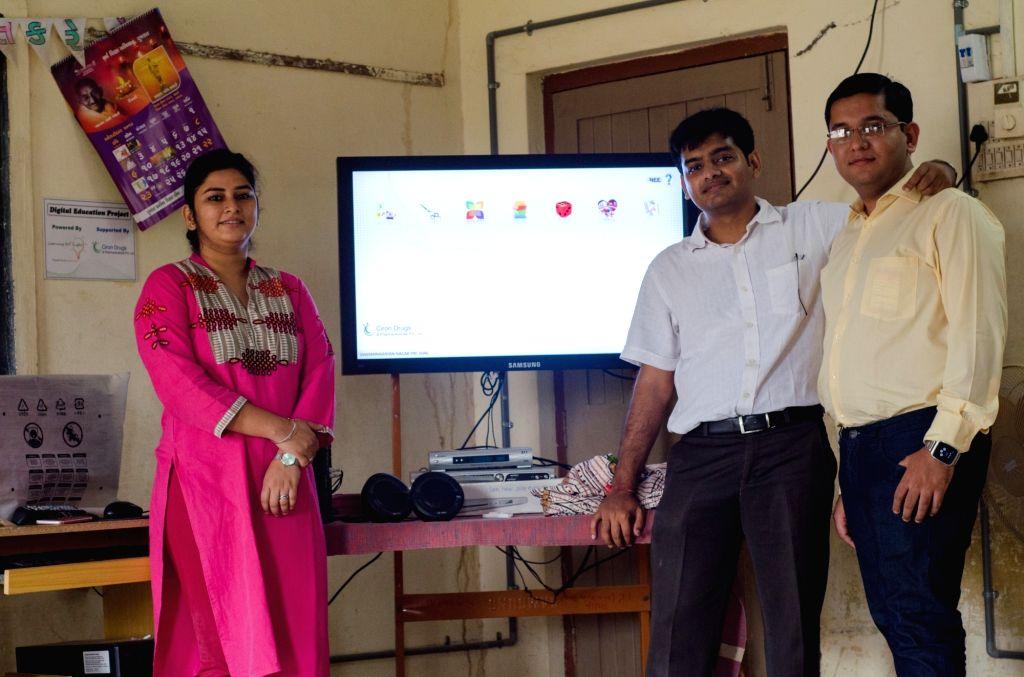 Bhuj (Gujarat): (From L to R) Parinita Gohil, and founders Harshal Gohil and Vandan Kamdar.