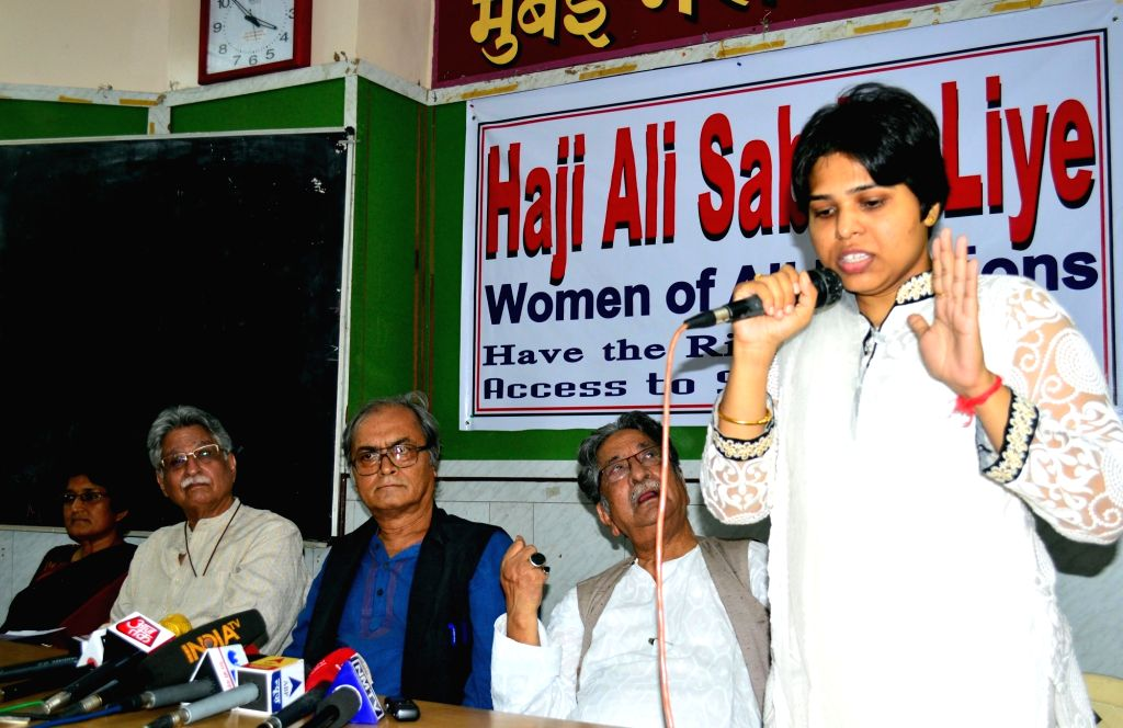 Bhumata Brigade president Trupti Desai addresses during a press conference regarding women's entry in Haji Ali Dargah; in Mumbai on April 20, 2016. - Trupti Desai