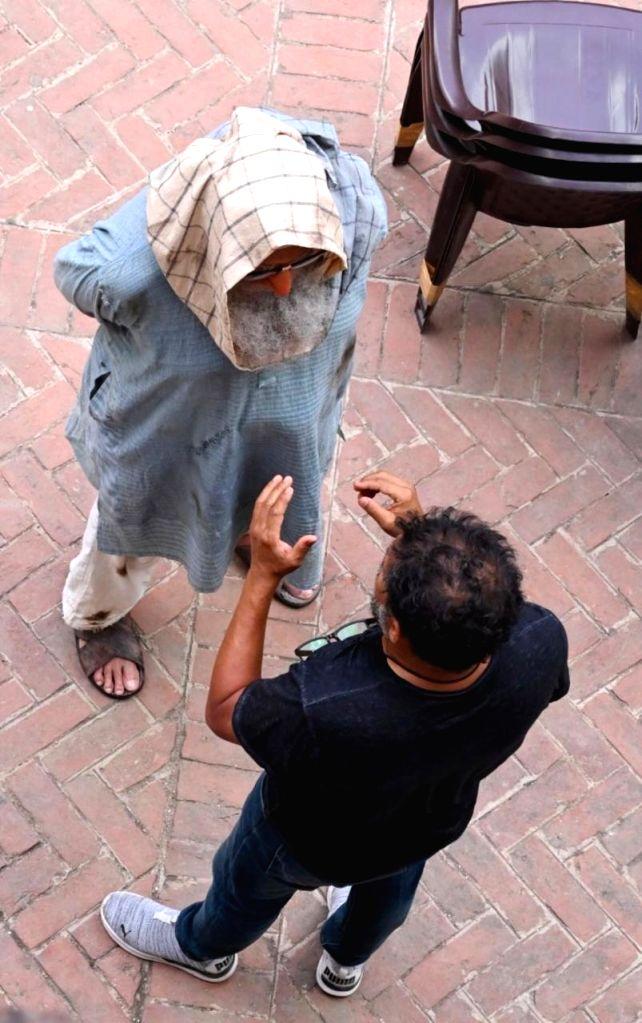 Big B on use of prosthetics and back pain during 'Gulabo Sitabo' shoot.