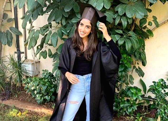 Big B pens emotional note on granddaughter Navya's graduation day.