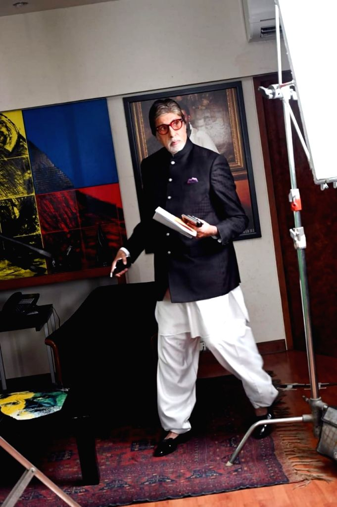 Big B: Smartphones are 'the invention of the times'.