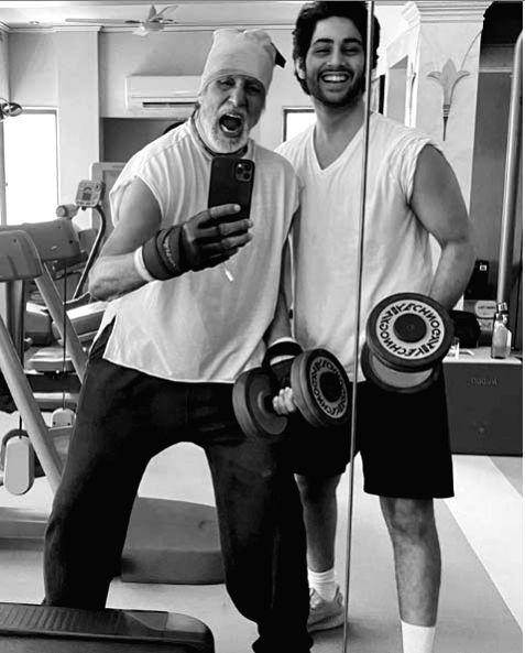 Big B sweats it out with grandson Agastya Nanda.