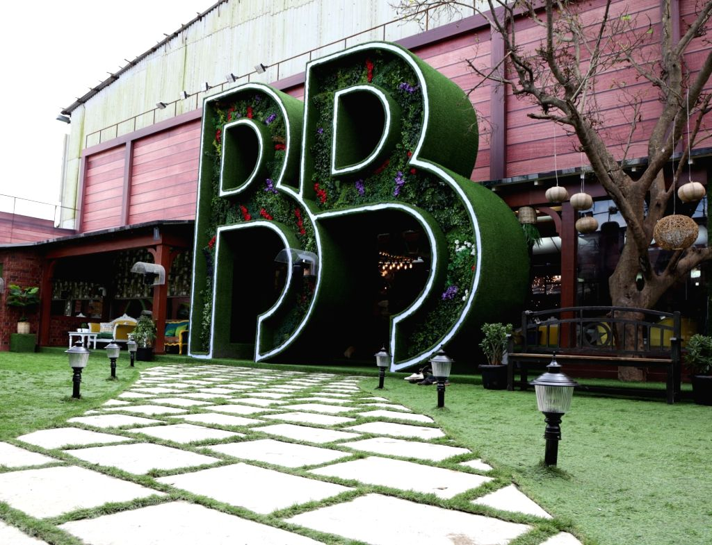 """Big Boss House - entrance. Art director Omung Kumar, who has been designing the set for the reality show """"Bigg Boss"""" for years now, decided to go plastic-free for the 13th season. This ... - Omung Kumar"""