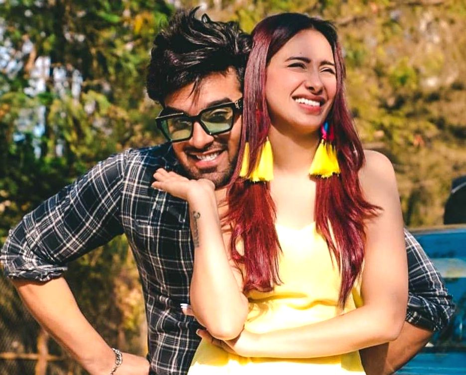 """""""Bigg Boss 13"""" fame contestants Paras Chhabra and Mahira Sharma made a lot of headlines due to their chemistry during their stint in the house. Many people assumed that they love each other, and even blamed their close bond for the breakup of Paras a - Mahira Sharma"""