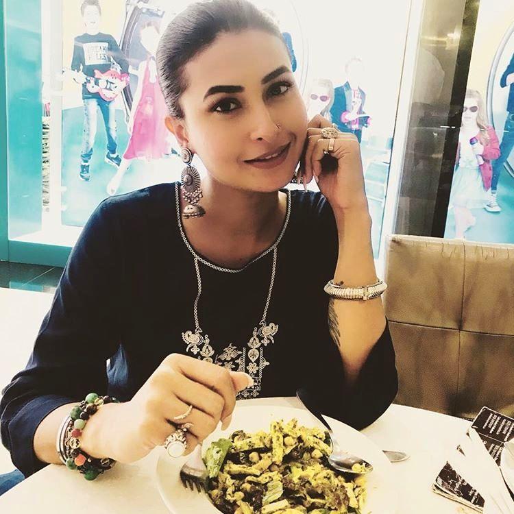 Bigg Boss 14: Has Pavitra Punia got a lip job done