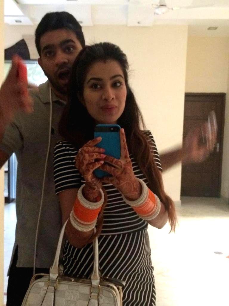 Bigg Boss 14 housemate Sara Gurpal married me, claims Punjabi singer Tushar Kumar - Tushar Kumar