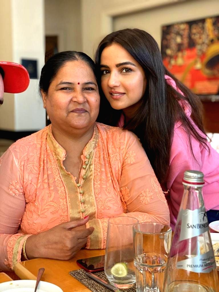 Bigg Boss 14: Jasmin, Aly are best friends, says actress' mom.
