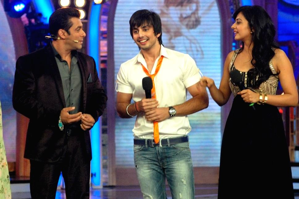 Bigg Boss gets Unpredictable!  From the house of Bigg Boss Saath - 7