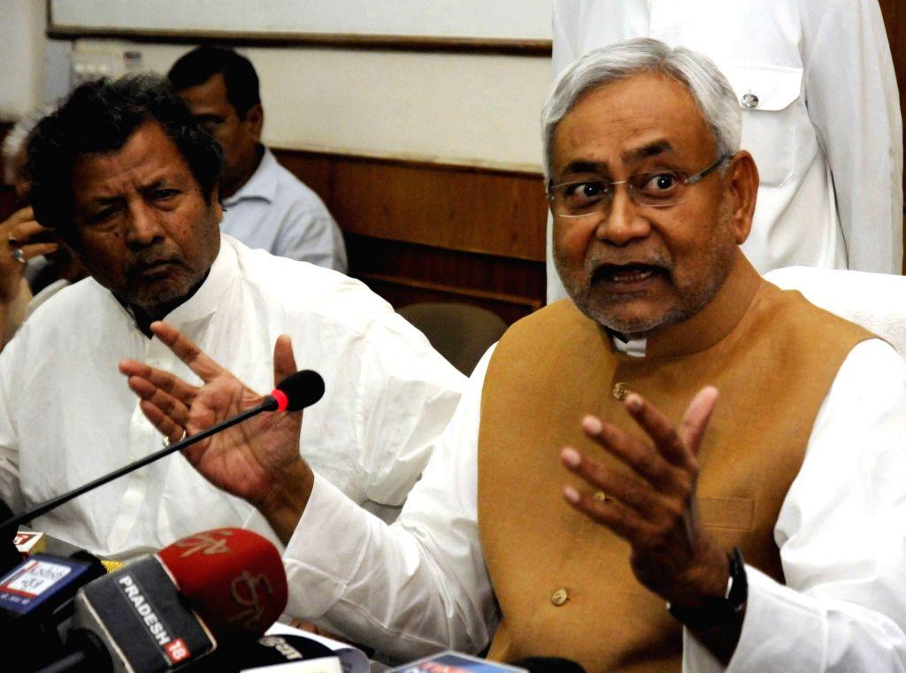 Bihar Chief Minister Nitish Kumar addresses a press conference in Patna on April 5, 2016. - Nitish Kumar