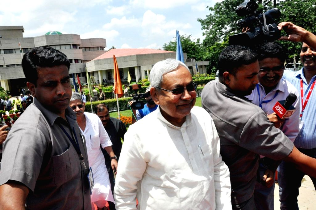Bihar Chief Minister Nitish Kumar arrive to attend the 22nd meeting of Eastern Zonal Council at IICM in Ranchi on June 26, 2016. - Nitish Kumar