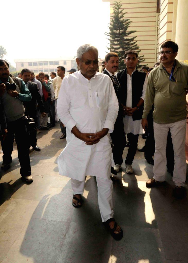 Bihar Chief Minister Nitish Kumar arrives to pay their last respect to Rashtriya Lok Samata Party (RLSP) MLA Basant Kumar Kushwaha who died of heart attack in Patna on Nov 30, 2015. - Nitish Kumar and Basant Kumar Kushwaha