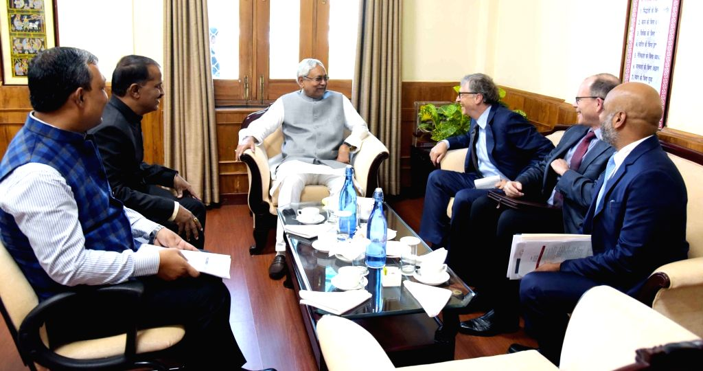 Bihar Chief Minister Nitish Kumar, Deputy Chief Minister Sushil Kumar Modi, Health Minister Mangal Pandey and Billionaire philanthropist Bill Gates during a meeting to find solutions to the ... - Nitish Kumar, Sushil Kumar Modi and Mangal Pandey