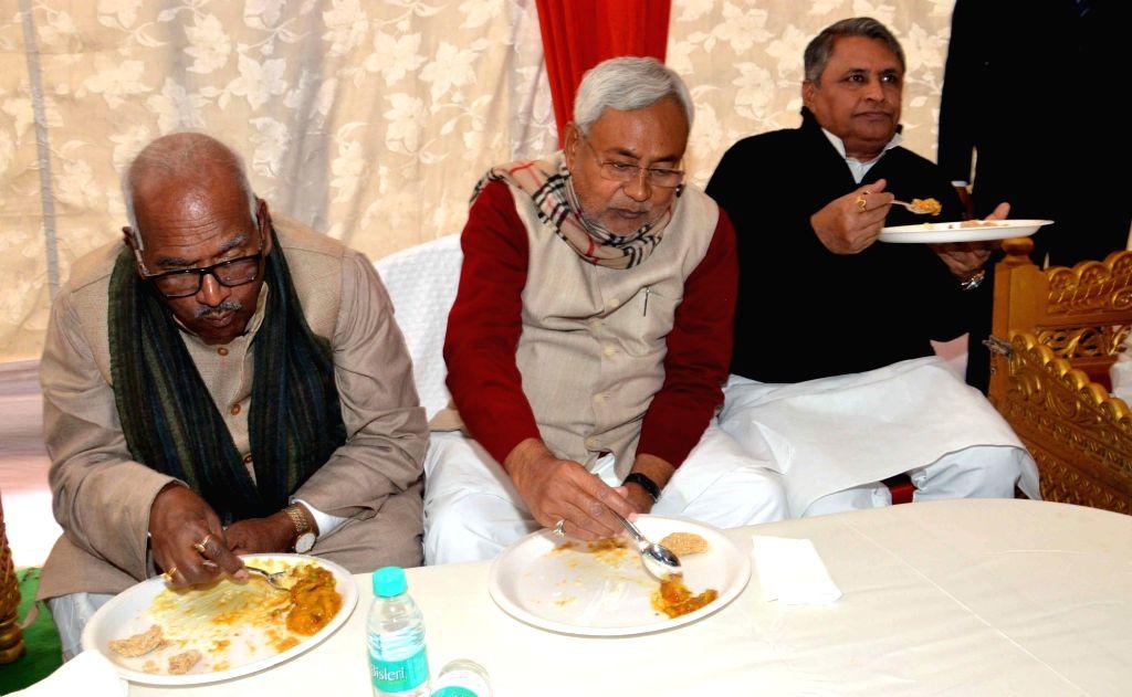 Bihar Chief Minister Nitish Kumar during a Makar Sankranti fest in Patna, on Jan 15, 2016. - Nitish Kumar