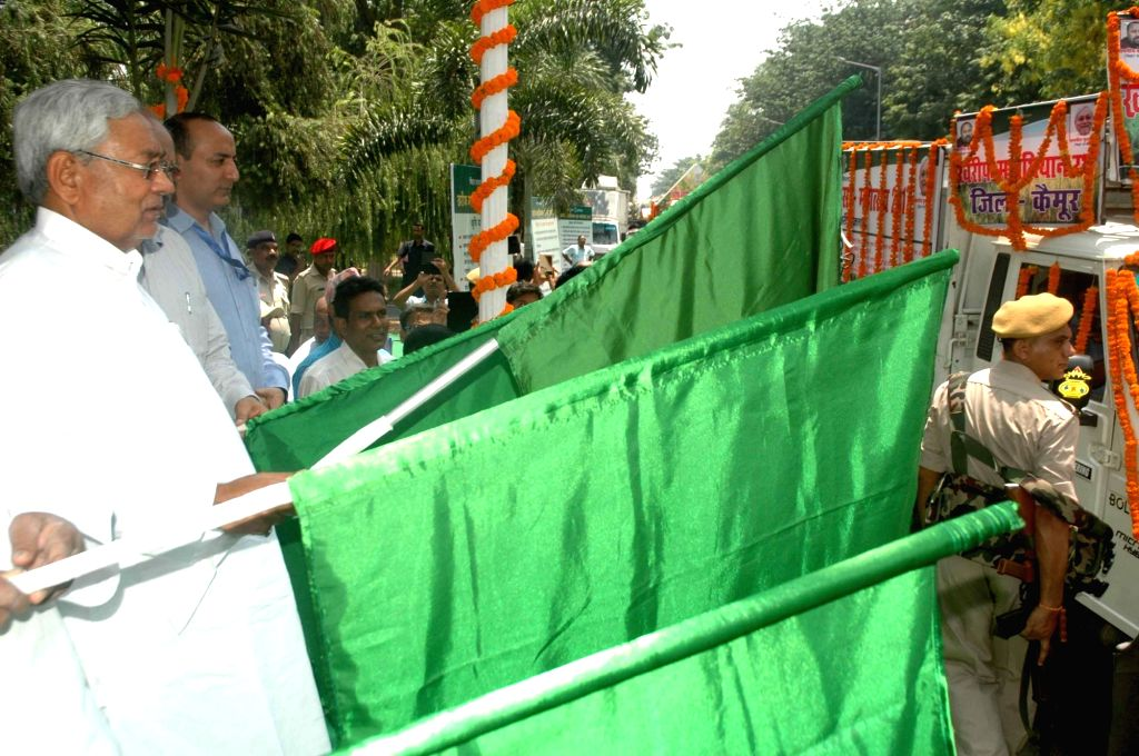 "Bihar Chief Minister Nitish Kumar flags off ""Kharif Mahaabhiyan 2017"" in Patna on May 20, 2017. - Nitish Kumar"