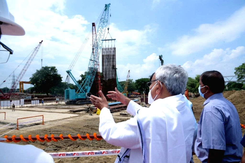 Bihar Chief Minister Nitish Kumar inspects the site of Ganga water lift project phase 1 in Patna's Hathidah on Aug 29, 2020. - Nitish Kumar