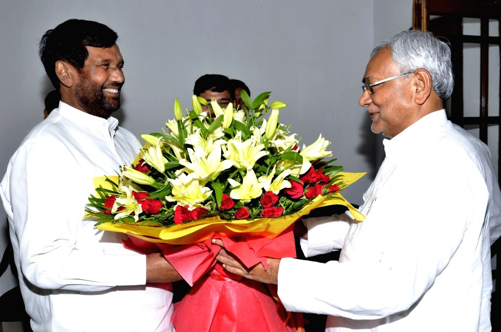 Bihar Chief Minister Nitish Kumar meets Union Consumer Affairs, Food and Public Distribution Minister Ram Vilas Paswan in Patna on Sept 18, 2017. - Nitish Kumar