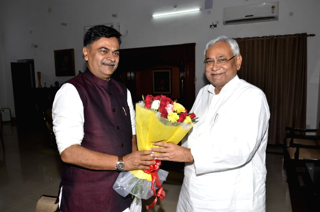 Bihar Chief Minister Nitish Kumar meets ​Union MoS Power and New and Renewable Energy RK Singh in Patna on Sept 18, 2017. - Nitish Kumar
