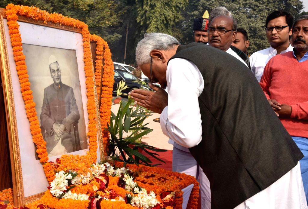 Bihar Chief Minister Nitish Kumar pays tributes to India's first President Dr Rajendra Prasad on his 134th birth anniversary in Patna, on Dec 3, 2018. - Nitish Kumar