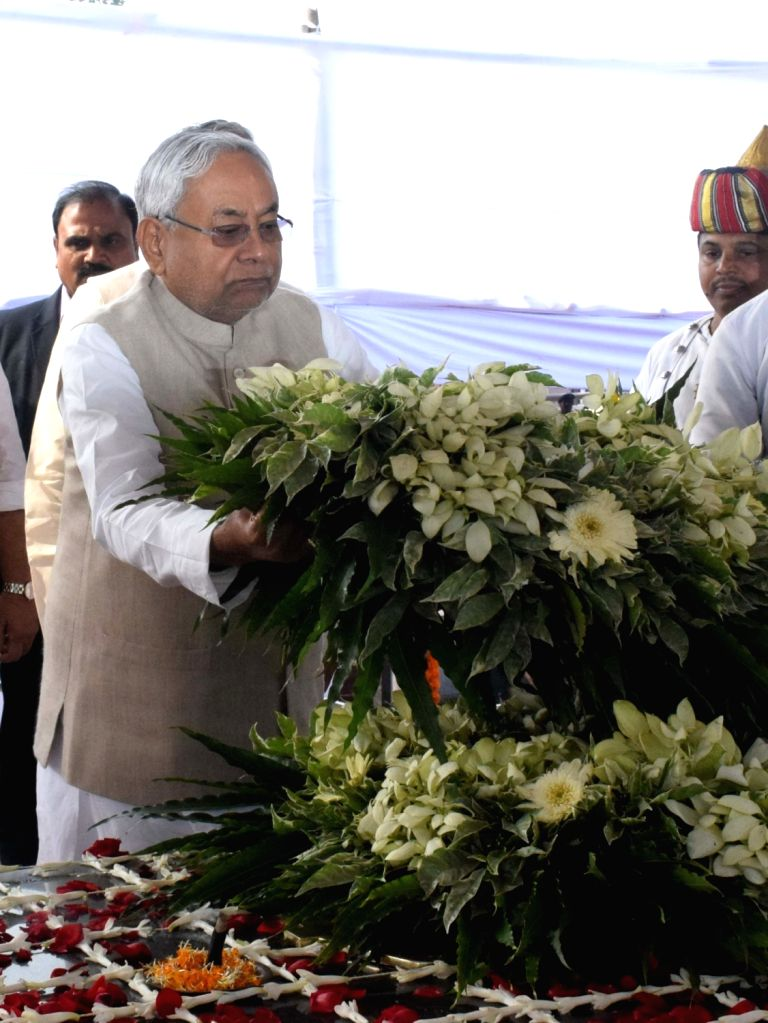 Bihar Chief Minister Nitish Kumar pays tributes to India's first President Rajendra Prasad on his 135th birth anniversary, in Patna on Dec 3, 2019. - Nitish Kumar