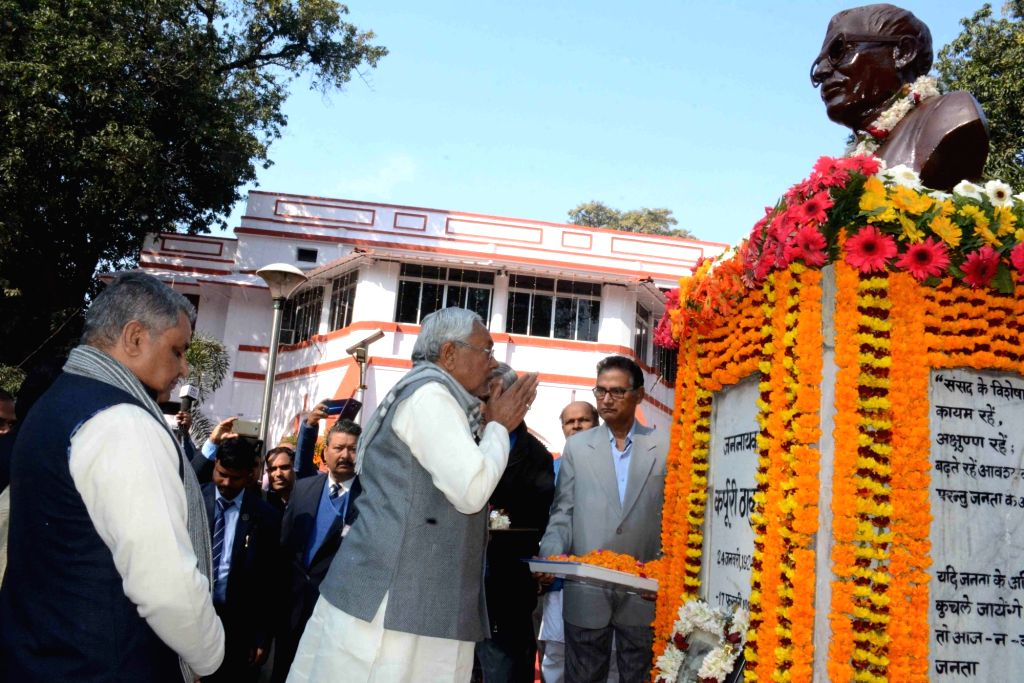 Bihar Chief Minister Nitish Kumar pays tributes to Former Bihar Chief Minister Late Karpoori Thakur on his birth anniversary, in Patna on Jan 24, 2020. - Nitish Kumar