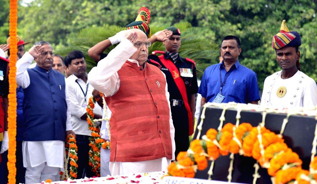 Bihar Governor Lalji Tandon pays tributes to martyrs on the 20th Anniversary of Kargil Vijay Diwas, in Patna on July 26, 2019.