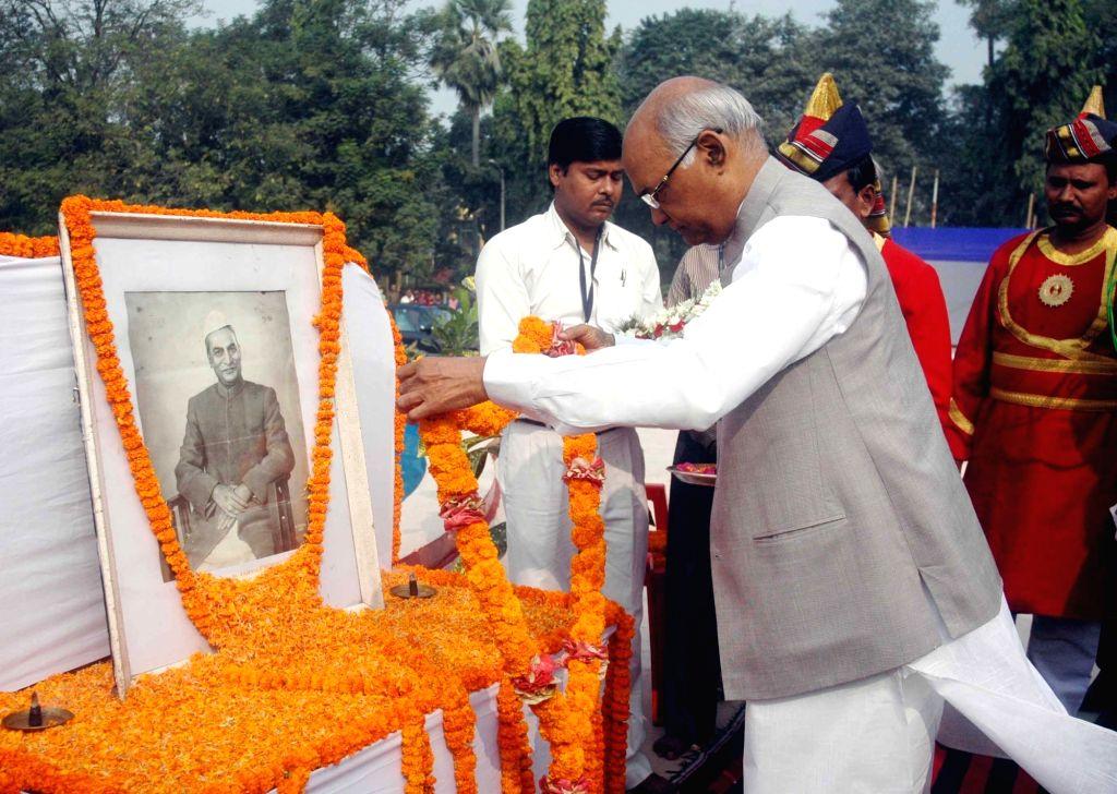 Bihar Governor Ram Nath Kovind pays tribute to former President Late Dr. Rajendra Prasad on his 131st birth anniversary in Patna, on Dec 3, 2015. - Nath Kovind