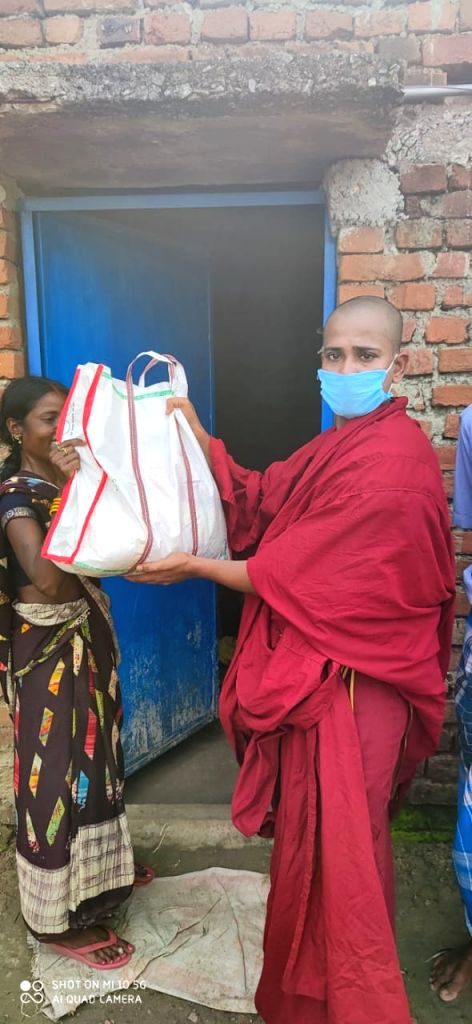 Bihar monk provides free ration to poor amid Covid-19