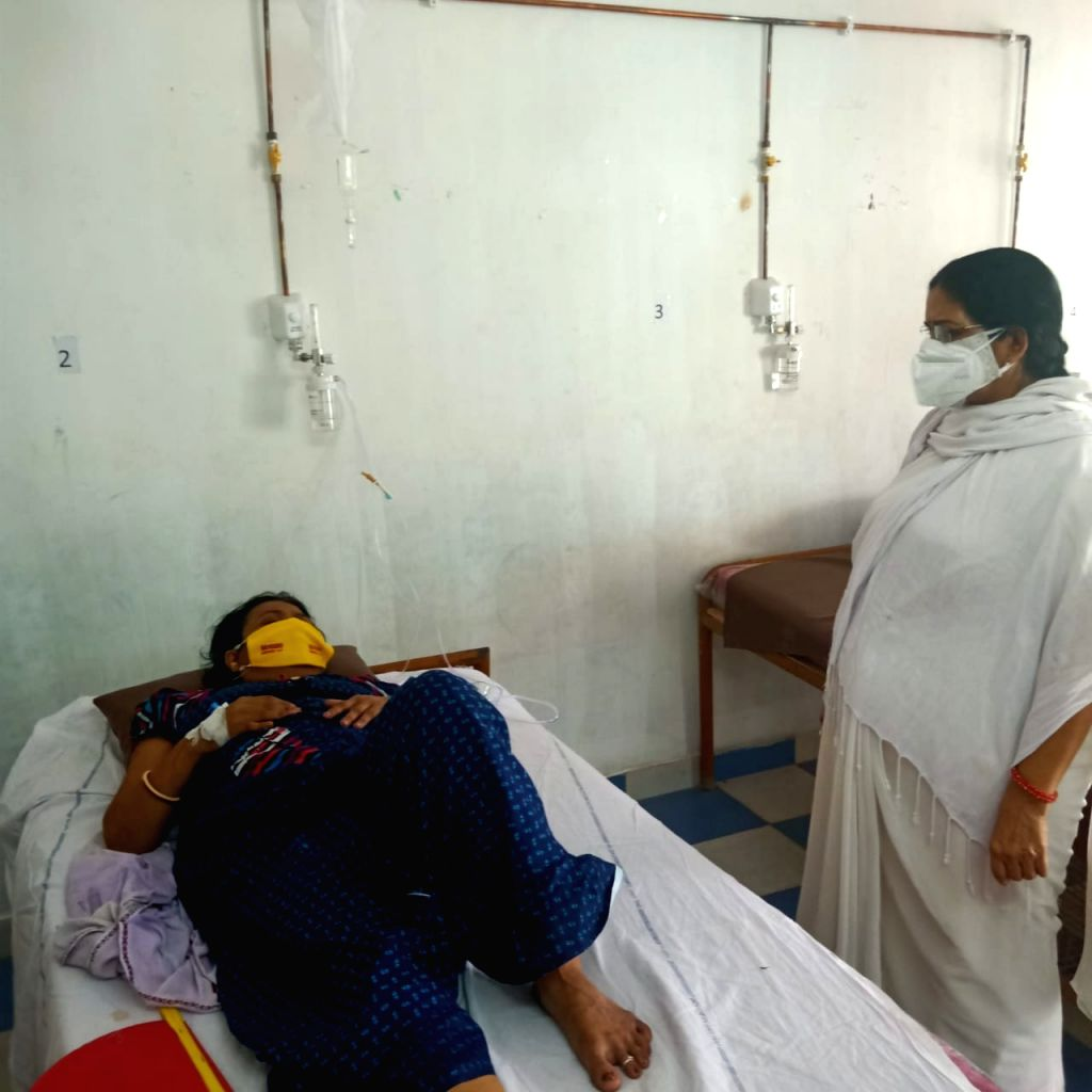 Bihar: Sister dies from Corona, then brother makes school a Covid Care Center.