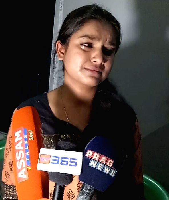 Biswanth : Singer Nahid Afrin addressing media after some Islamic clerics issue fatwa against her in Biswanth district of Assam on March 14, 2017.